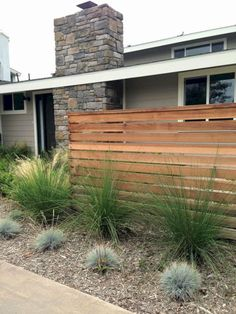 60 Dream House Ideas That Insanely Cool Home Design ~ a… - Garten Design Modern Front Yard, Front Yard Fence, Front Yard Landscaping, Landscaping Ideas, Modern Fence, Low Fence, Short Fence, Florida Landscaping, Small Fence
