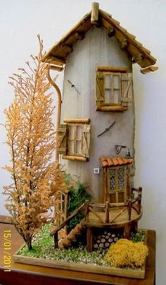 Coppo tile by Miniature Crafts, Miniature Fairy Gardens, Miniature Houses, Home Crafts, Diy Home Decor, Clay Wall Art, Nail Polish Crafts, Clay Houses, Fairy Houses