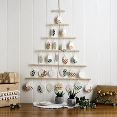 Why not try to get your craft on and put together this trendy and Christmas Tree? Find everything you need at Spotlight.