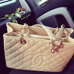 Chanel bag☻