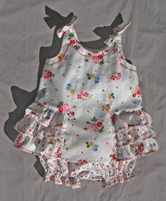 El modelo de costura del bebé vestido de Sunny y Bloomers por FelicityPatterns