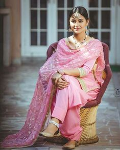 Traditional Punjabi look Indian Suits, Indian Attire, Indian Dresses, Indian Wear, Indian Clothes, Punjabi Girls, Punjabi Dress, Punjabi Suits, Anarkali Suits
