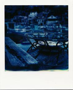 Port de Morgiou #Marseille #calanques #Morgiou #hiver #froid #pêche #bateaux #polaroid #sombre #darkblue #SX70 / www.marseillepolaroid2013.com