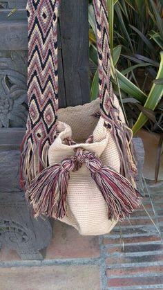 Wayuu bags 50 € more info wayuubagsbn@hotmail.com