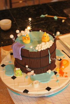 Wooden barrel tub cake by Andrea's SweetCakes Duck Cake, Duck Cupcakes, Beautiful Cakes, Amazing Cakes, Cake Cookies, Cupcake Cakes, Cake Decorating For Beginners, Fantasy Cake, Just Cakes