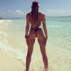 """Caroline Priscila De Campos on Instagram: """" #paradise #hardcoreladies #fitgirls Main account @caroline_hardcore"""""""
