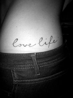 I like this font, not the tattoo