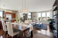 Bankers Hill - $839,800