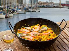 World's Greatest Paella: While the rest of the world may think of paella as the quintessential Spanish dish, to the natives themselves, paella or simply arroz (rice) in its purest form is associated primarily with the city of Valencia.