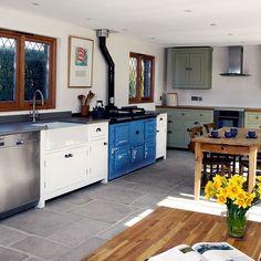 Painted L-shaped kitchen | L-shaped kitchen design ideas | Kitchen | PHOTO GALLERY | Beautiful Kitchens | Housetohome.co.uk