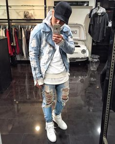 Full denim by Mode Streetwear, Streetwear Fashion, Stylish Mens Outfits, Cool Outfits, Men With Street Style, Mens Fashion Suits, Urban Outfits, Mode Style, Mens Clothing Styles