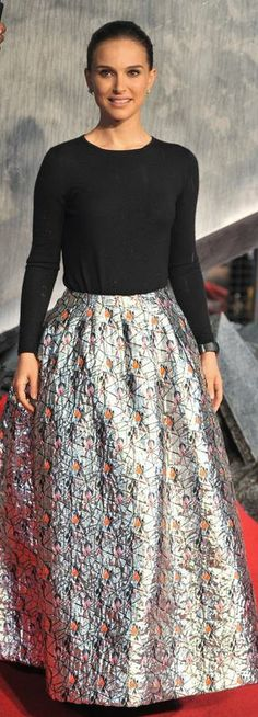 Who made  Natalie Portmans black long sleeve top and print maxi skirt that she wore in London on October 22, 2013?