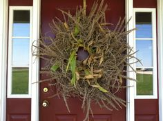 Wreath I made from leftover corn stocks from our garden. I used a grapevine wreath and wired bunches of the stalks all around it. Corn Stalks, Grapevine Wreath, Grape Vines, Fall Decor, Primitive, Wreaths, Seasons, Autumn, Halloween