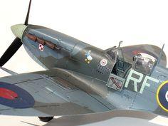 Jan Zumbach's Supermarine Spitfire Mk. Vb (Tamiya 1:48).