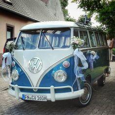 #volkswagen #vw #bulli #wedding #hochzeit #weddingcar #vwfreak #klassiker #classiccar #history #historiccar #carporn #karlsruhe #karlsruhetweets #palmbach #bergdörfer #visitkarlsruhe #igerskarlsruhe #huaweip8lite #huawei