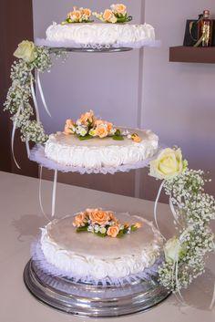 wedding cake, at www.kallivroussis.gr
