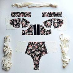 Crème under construction  . . .  #lingerie #crafting #underwear #intimates #vscocam #vsco #thingsorganizeneatly #floral #soreil #girlsthings #bogota #lenceria
