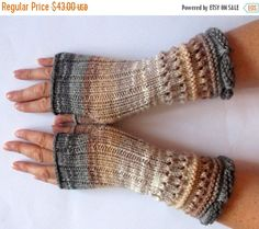 Fingerless Gloves Brown Beige Gray wrist warmers by Initasworks Fingerless Gloves Knitted, Crochet Gloves, Knitting Patterns, Crochet Patterns, Hat Patterns, Wrist Warmers, Baby Kind, Brown Beige, Diy Clothes
