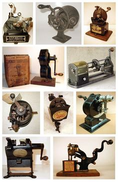pencil sharpeners - my favourite is the last one Vintage Love, Retro Vintage, Vintage Items, Vintage Office, Vintage School, Radios, Pencil Sharpener, Old Tools, Displaying Collections
