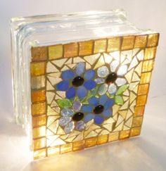 mosaic_garden _light MY NOTE: use a glass tile and put a candle inside! :) Draw my own design on front or use transfers with glass paint.