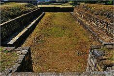 Estructura # 8 Juego de Pelota, Iximche Tecpan, Guatemala by Rodrigo Fotografia, via Flickr