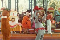 Characters at Kings Island amusement park, Hanna Barbera Land. I really wish I could've gone to Hanna Barbera Land, it looks like a fun place! Summer Memories, Family Memories, Great Memories, Loveland Ohio, Kings Island, Old King, Pony Rides, Vintage Cartoon, Back In The Day