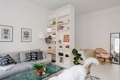 Cool Stunning Minimalist Studio Apartment Small Spaces Decor Ideas And Remod. 9 Ways to Create Divisions If You Live in a Studio Apartment Studio Apartment Living, Tiny Studio Apartments, Studio Apartment Layout, Studio Apartment Decorating, Studio Living, Apartment Interior, Apartment Design, Apartment 9, Apartment Ideas
