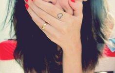 Tatuaggi sulle dita (Foto) | PourFemme