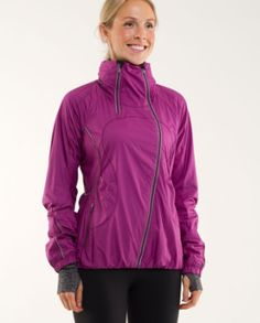 Such a great running jacket for the winter!