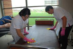 Taller practico con alumnos de técnico en enfermería