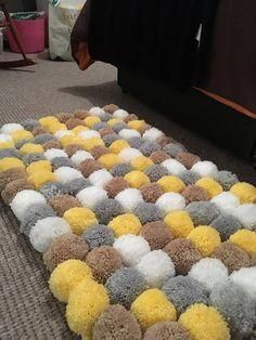 This is handmade by myself each Pom Pom is each and have been double tied together and also to the mat. There are 120 Pom poms on this rug. Crafts For Teens To Make, Crafts To Sell, Home Crafts, Diy And Crafts, Pom Pom Crafts, Yarn Crafts, Pom Pom Mat, Tapetes Diy, Diy Tapete