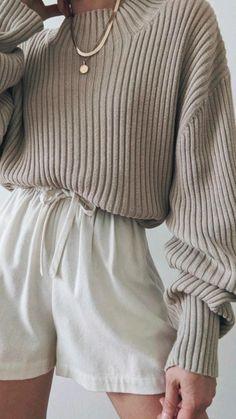 Warm Outfits, Winter Fashion Outfits, 90s Fashion, Pretty Outfits, Chic Outfits, Summer Outfits, Vintage Fashion, Autumn Winter Fashion, Short Women Fashion