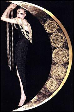 Moon walk dripping in jewels