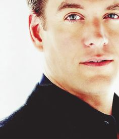 Michael Weatherly - Logan Cale - Dark Angel & Agent Tony DiNozzo, NCIS.  Yes, it's all about those beautiful eyes!