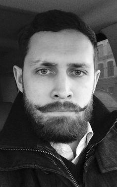 Frostday. #beard#workingday#family #K_Family