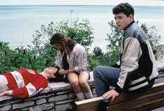 Matthew Broderick, Mia Sara, Alan Ruck, and Jonathan Schmock in Ferris Bueller's Day Off 80s Movies, Iconic Movies, Great Movies, Movie Tv, Jack White, Movies Showing, Movies And Tv Shows, Alan Ruck, Mia Sara