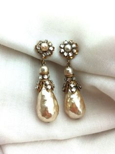 1940'S Signed Miriam Haskell Vintage Pearl and Rhinestone Drop Earrings