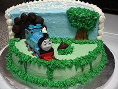 Thomas the Train Cake. Great idea for my little nephew's birthday! Thomas Birthday Cakes, Thomas Cakes, Thomas The Train Birthday Party, Trains Birthday Party, Train Party, Birthday Parties, Birthday Cake Decorating, Cookie Decorating, Happy Birthday Nephew