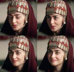 Turkish Beauty, Turkish Fashion, Cute Girl Poses, Cute Girls, Turkish Wedding, Esra Bilgic, Arabian Women, Cute Girl Face, Stylish Girl Pic