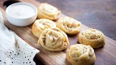 Chicken Alfredo Pizza Pinwheels Rich and creamy alfredo pinwheels make the perfect snack!