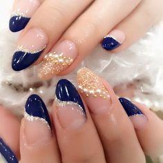 ネイルデザインを探すならネイル数No.1のネイルブック French Nail Designs, Elegant Nail Designs, Diy Nail Designs, Pink Tip Nails, Trendy Nails, Stylish Nails, French Manucure, Winter Nails, Nail Art Galleries