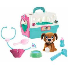They can carry their furry friend wherever they go with a Doc McStuffins Pet Carrier with Plush Dog Playset! This plastic carrier includes a brown plush toy dog and Doc McStuffins accessories. Toys For Girls, Kids Toys, Doc Mcstuffins Toys, Bebidas Do Starbucks, Pet Vet, Kids Party Supplies, Disney Junior, All Toys, Pet Carriers