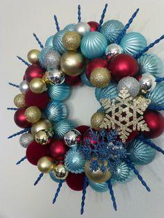 Starburst Ornament Wreath