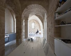 Jaffa Apartment / Pitsou Kedem Architect (21)