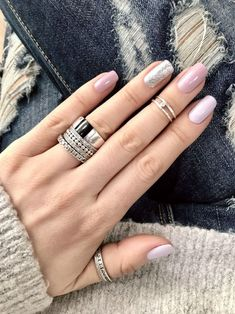 30 Fall Acrylic Nails Design To Try This Year NailiDeasTrends . 30 Fall Acrylic Nails Design To Try This Year NailiDeasTrends Nail Nail Art Designs, Acrylic Nail Designs, Nails Design, Light Pink Nail Designs, Gold Nail Art, Gold Nails, Gorgeous Nails, Pretty Nails, Fall Acrylic Nails