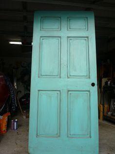 How to make a door look old/antique