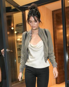 September 06, 2016 - Leaving her AirBnB in New... Kendall Nicole Jenner Fashion Style