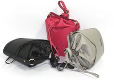 Mela Original 1925 | Women's Leather Bucket Bag - Sun #MelaOriginal #WomensFashion #Fashion #LeatherBag #LeatherGoods #Leather #LeatherAccessories #WholesaleLeatherGoods