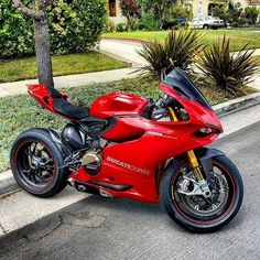 Ducati Panigale — motorcycles-and-more: Ducati 1199 Panigale Ducati 996, Ducati 1199 Panigale, Ducati Superbike, Custom Sport Bikes, Custom Motorcycles, Ducati Monster S4r, Course Moto, Biker Accessories, Motosport