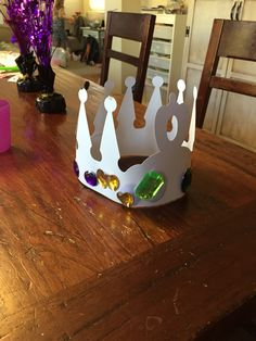 Ever After High Party- for Arts and Crafts class the kids decorated crowns if they were a royal, and bracelets if rebels.
